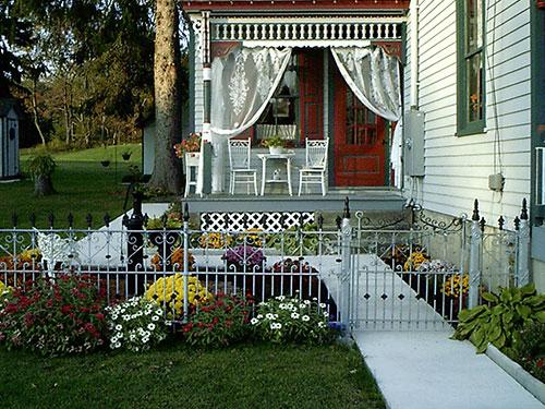 Front House Gate Filbert B&B, Danielsville, PA