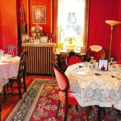Wedding Venue Red Decoration | Filbert B&B, Danielsville, PA